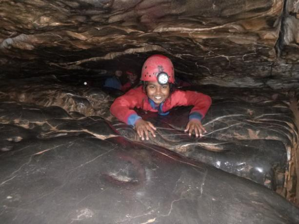 Group 2 Caving (16)